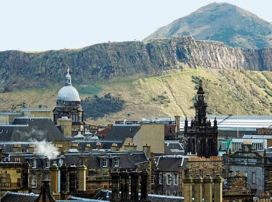 MUST TRY EDINBURGH EXPERIENCES & EVENTS